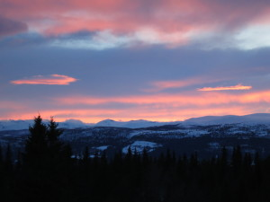 View from the cabin towards the West. The mountain far away are the Southern part of the Jotunheimen, and consist of the Caledonidian thrust sheets that overran the sparagmite.